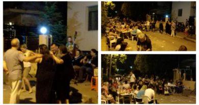 Άλιμος: Οι γείτονες έστησαν γλέντι στο δρόμο (VIDEO&EIKONEΣ)