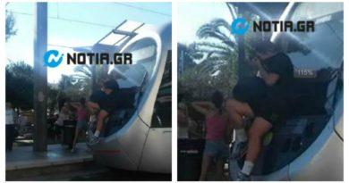 Σκαρφάλωμα σε τραμ: Νέα επικίνδυνη μόδα; (ΕΙΚΟΝΕΣ)