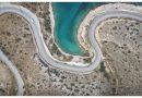 Λιμανάκια Βουλιαγμένης: Η Μέκκα της νεολαίας της Αττικής (drone video)